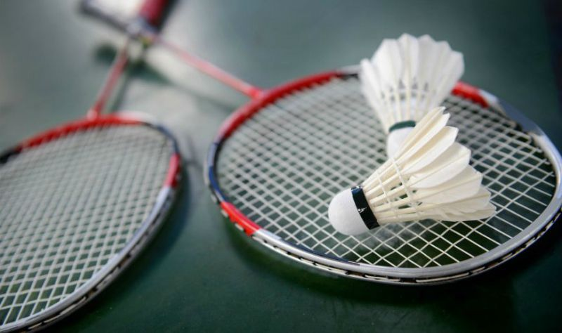 Best badminton rackets for beginners 2020
